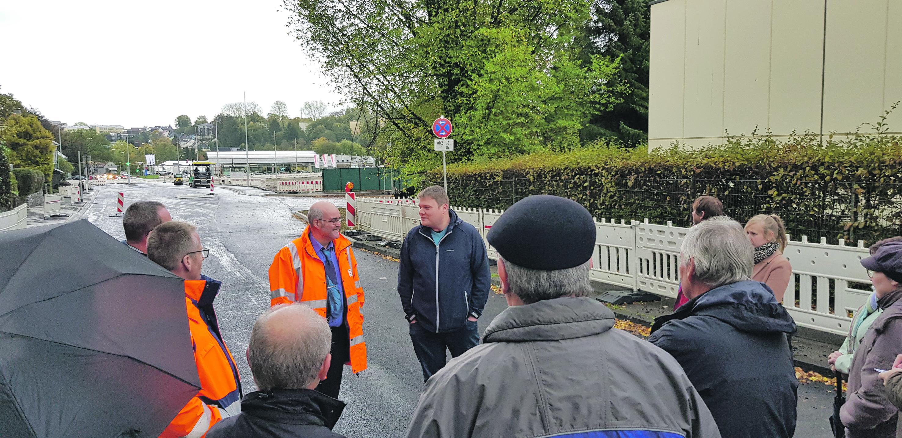 Baustellenbesichtigung stimmt Lokalpolitiker zufrieden