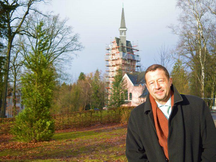 Kirchturm ist bis Ostern fertig