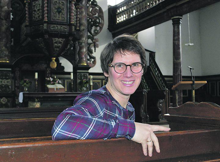 Pfarrerin Schmid wechselt zur Schule