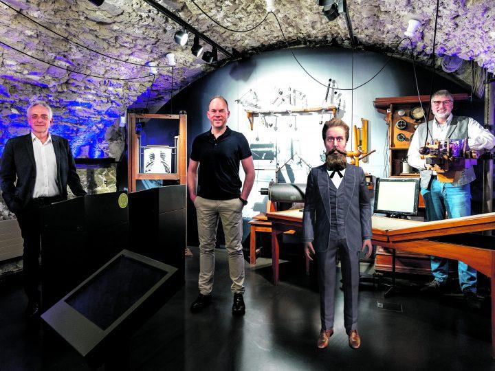 Herr Röntgen führt durch sein eigenes Museum