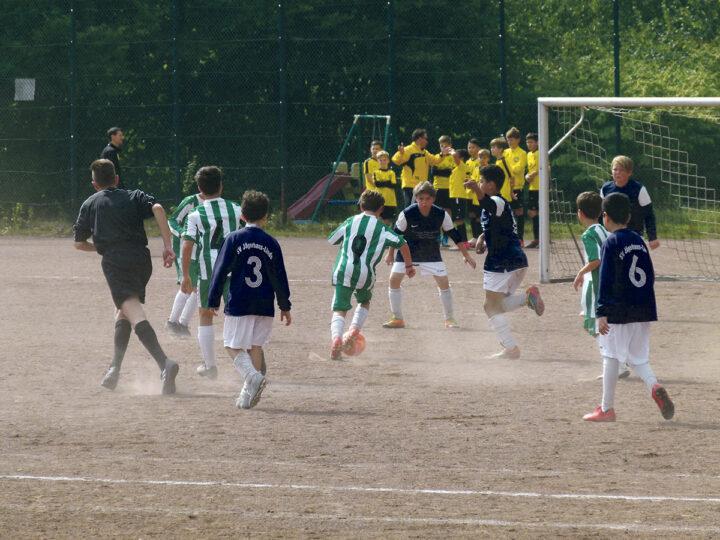 Nachwuchssuche beim FC Klausen