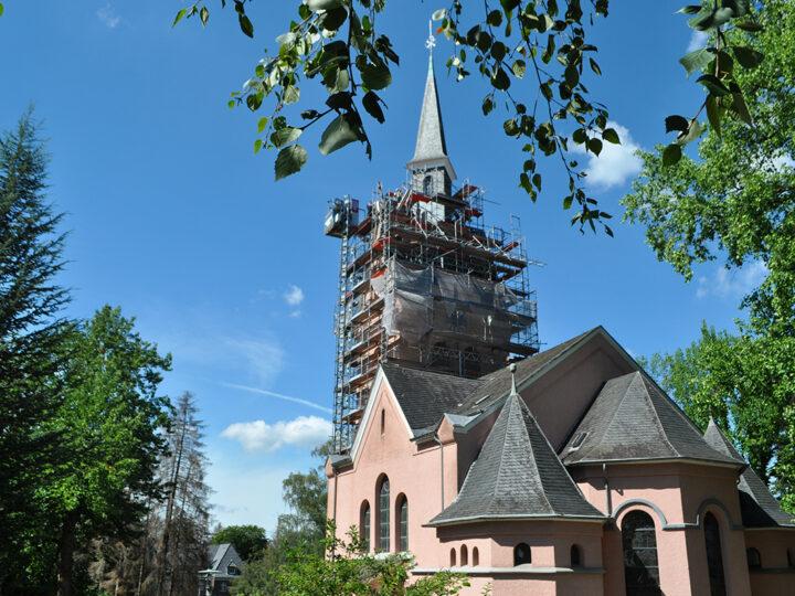 Holzschwamm setzt Kirche der Stiftung Tannenhof zu