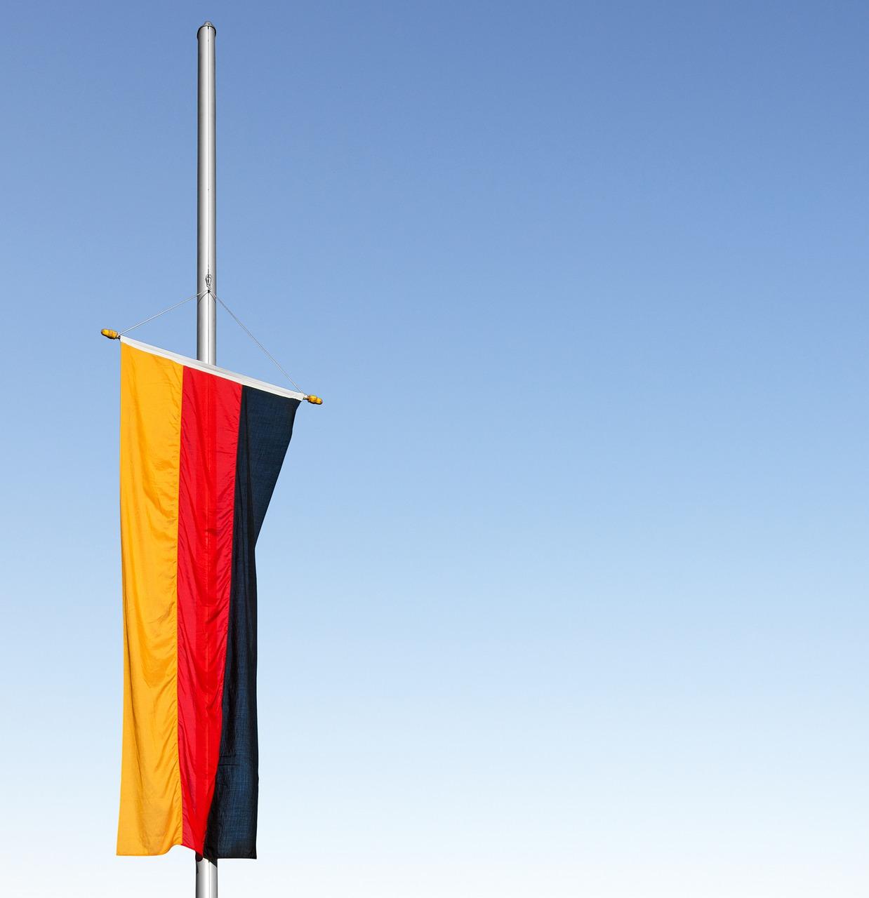 Trauerbeflaggung am Sonntag